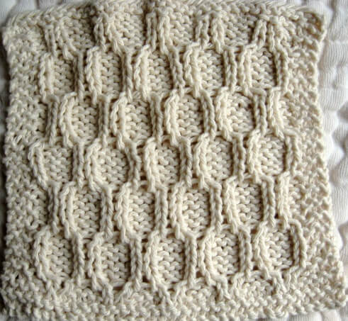 Cable Knit Dishcloth Pattern : Knitted Trellis Dishcloth Little House in the Suburbs