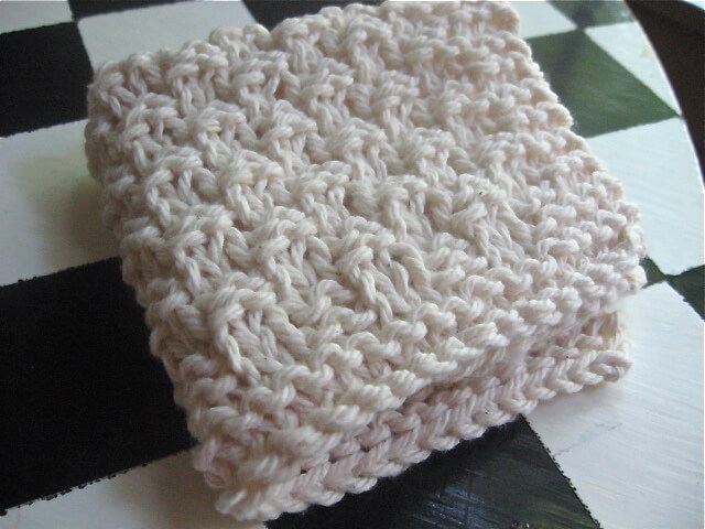 Simple Dishcloth Knitting Pattern : Frugal Homemade Gift Guide: Knitted Washcloth Edition ...